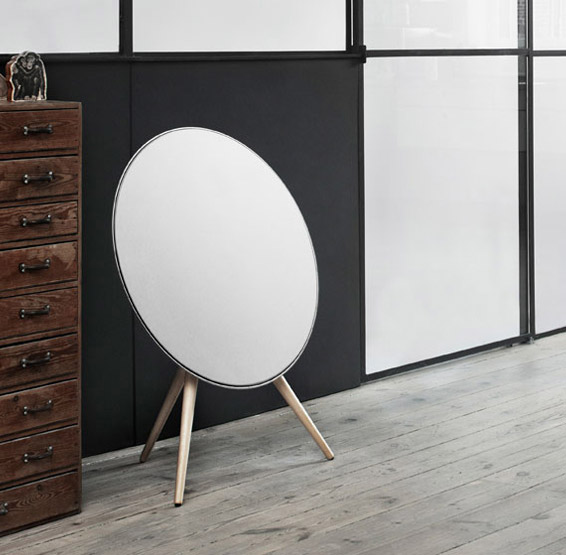 Bang & Olufsen BeoPlay A9 at werd.com