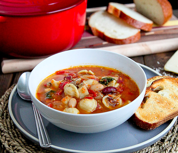 Sausage & Vegetable Minestrone Soup at werd.com